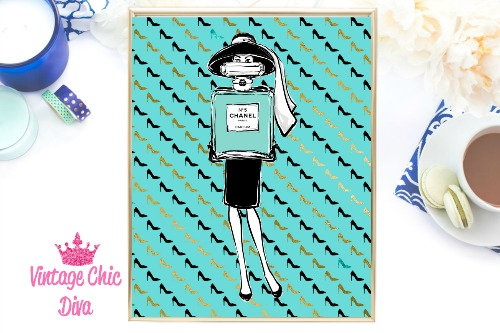 Audrey Chanel High Heel Teal Background-