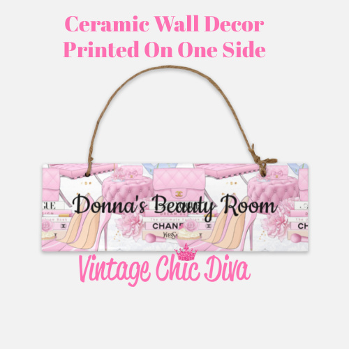 Beauty Room8 Sign-