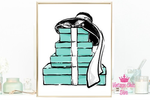 Audrey Boxes Hat White Background-
