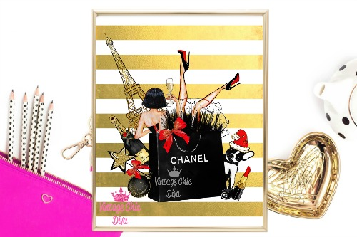 Eiffel Tower Chanel Gold White Stripe Background-