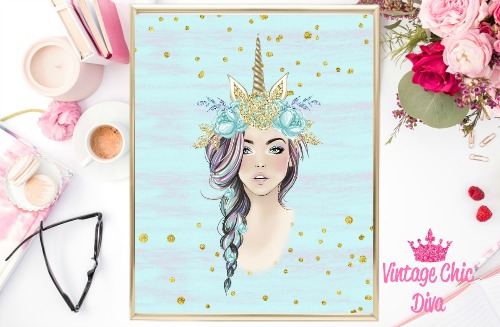Unicorn Queen Green Floral Gold Unicorn Horn Blue Purple Gold Dots Background-