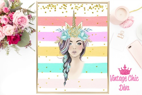 Unicorn Queen Green Floral Gold Unicorn Horn Pastel1 Gold Dots Background-