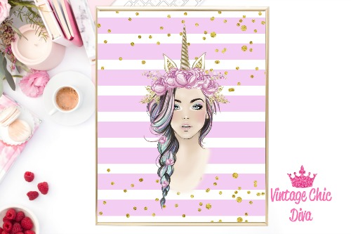 Unicorn Queen Pink Floral Gold Unicorn Horn Pinkish Purple Gold Dots Background-